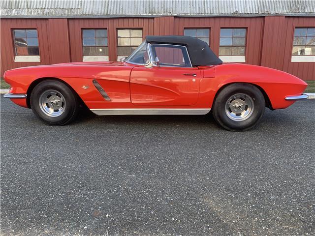 1962 Red Chevrolet Corvette   | C1 Corvette Photo 3
