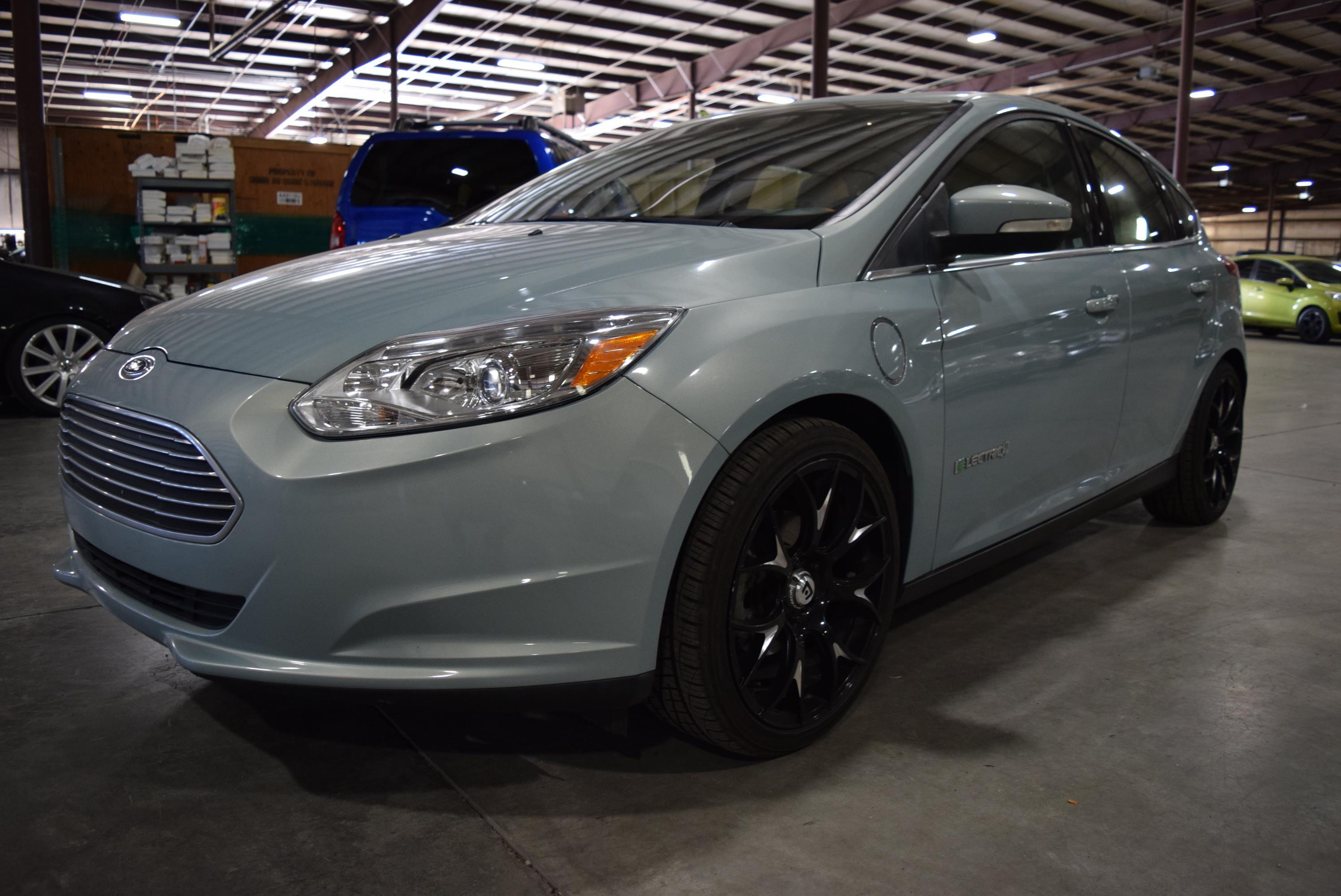 2013 Ford Focus --